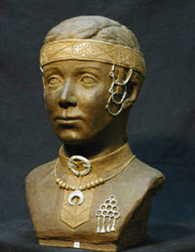 Жительница средневекового городища Плес. Автор реконструкции Е.В. Веселовская