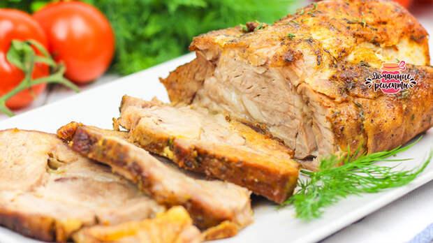 Фото к рецепту: Нежнейшая и сочная домашняя буженина в духовке (любое мясо)