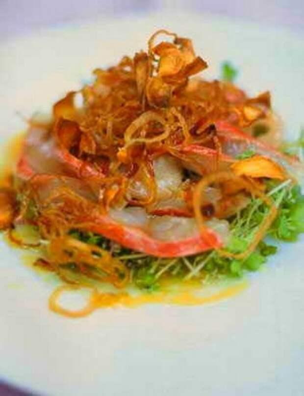 Быстро маринованная барабулька с имбирем, шалотом и цитрусовой заправкой: рецепт от Джейми Оливера