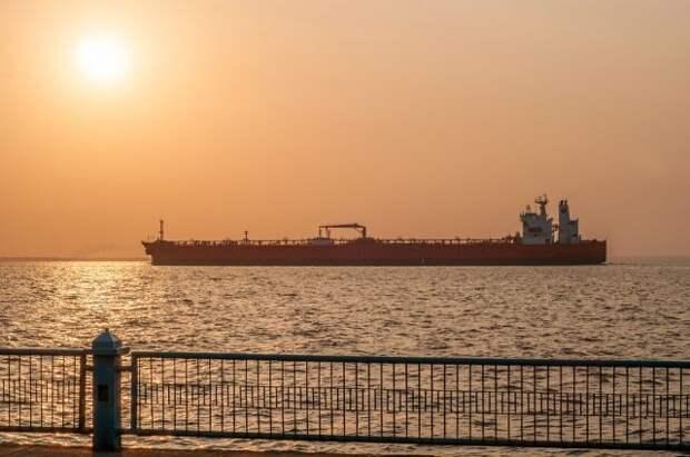 СМИ сообщили о захвате танкера Asphalt Princess у побережья ОАЭ