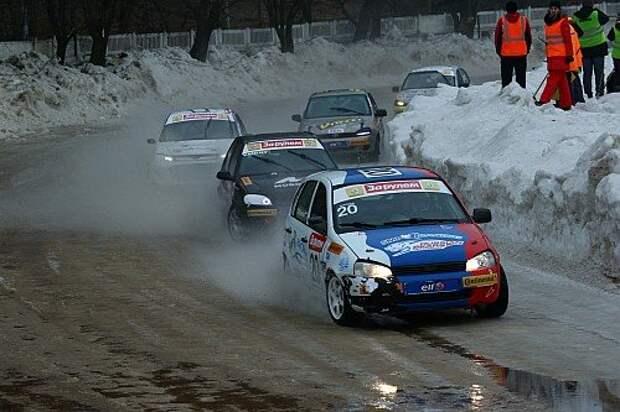 Московский климат последних лет не располагает к проведению ледовых гонок: мало снега и слишком тепло.