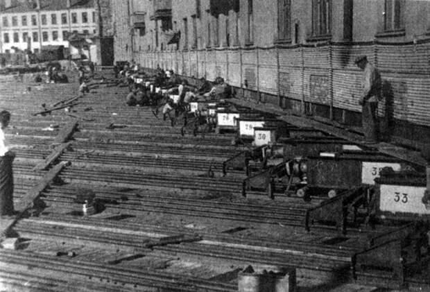 Как раньше передвигали дома в Москве