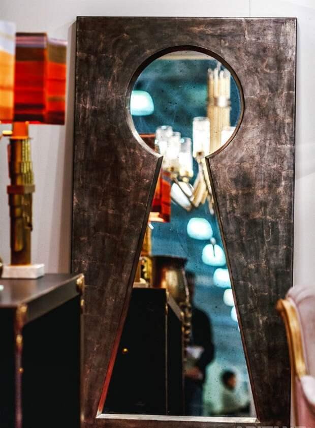 Подсматривая в зеркало