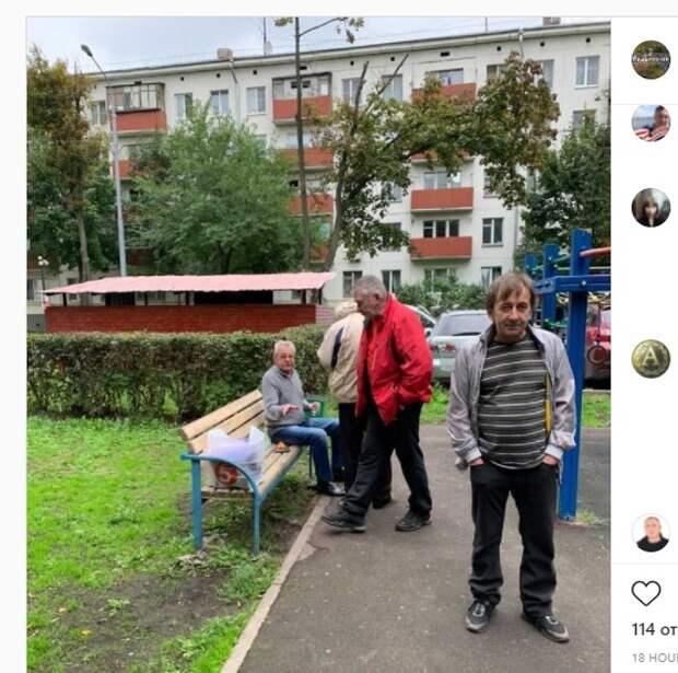 Попойка на детской площадке породила дебаты в соцсетях района Кузьминки
