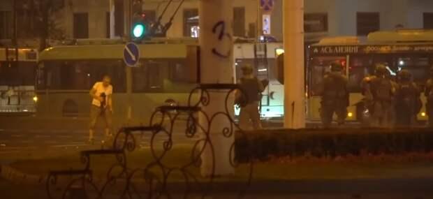 Отец погибшего на митинге в Минске рассказал, что его не пустили в морг к телу сына