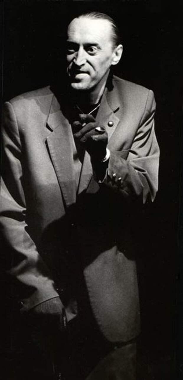 Виктор Авилов в образе Воланда. Фото: avilov.ru