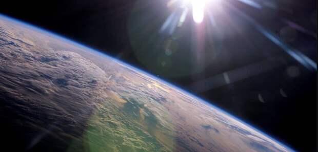 Земля начала вращаться быстрее