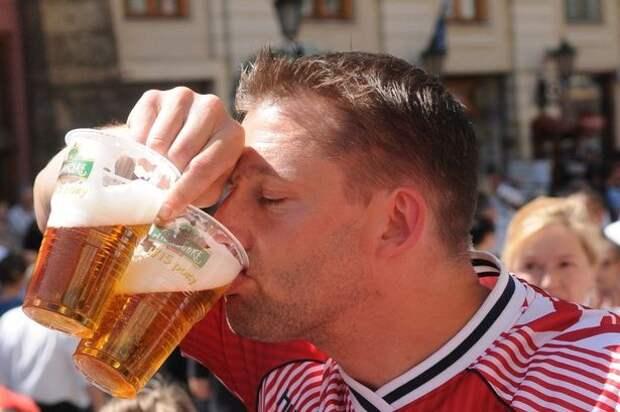 Британские ученые потратят огромную сумму, чтобы узнать, почему футбольные фанаты напиваются