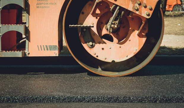 Дорожников заставили отремонтировать дорогу вОмской области