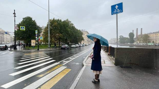 МЧС предупредило петербуржцев об усилении ветра до 18 метров в секунду