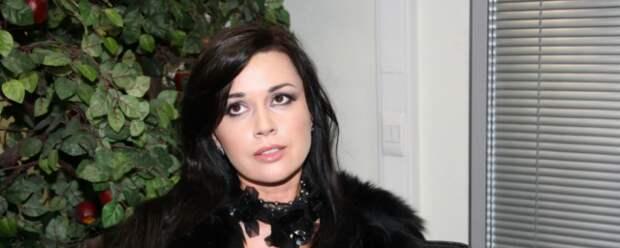Коллеги Анастасии Заворотнюк назвали возможные причины ее тяжелой болезни