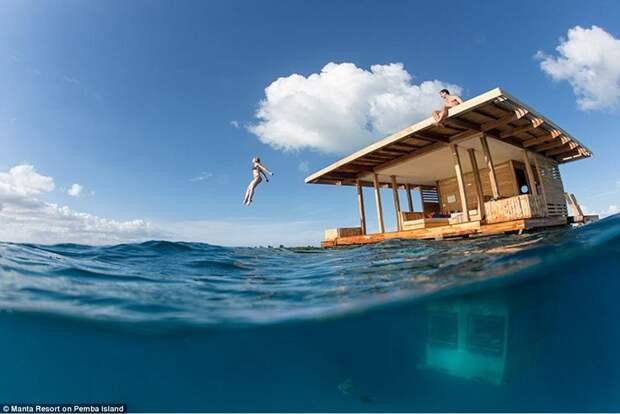 Номер под водой