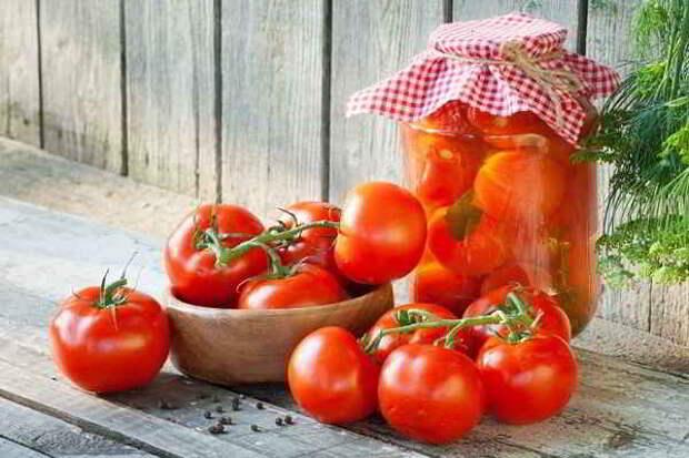 Консервация помидоров: топ 10 лучших рецептов!