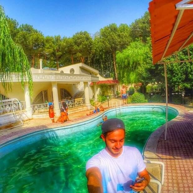 Богатенькая молодежь Ирана