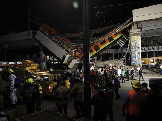 Выяснились подробности трагедии в метро Мехико: два вагона повисли