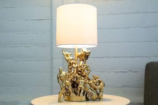 Лампа из киндеров (DIY)