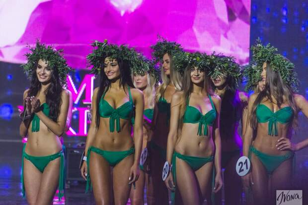 Где самые красивые девушки? В России или на Украине?
