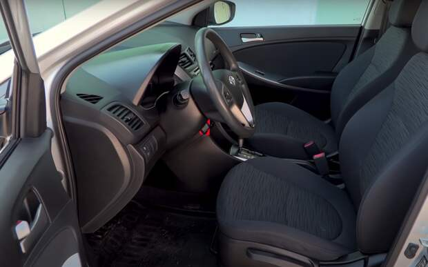 Hyundai Solaris б/у: большинство косяков устранили до вас
