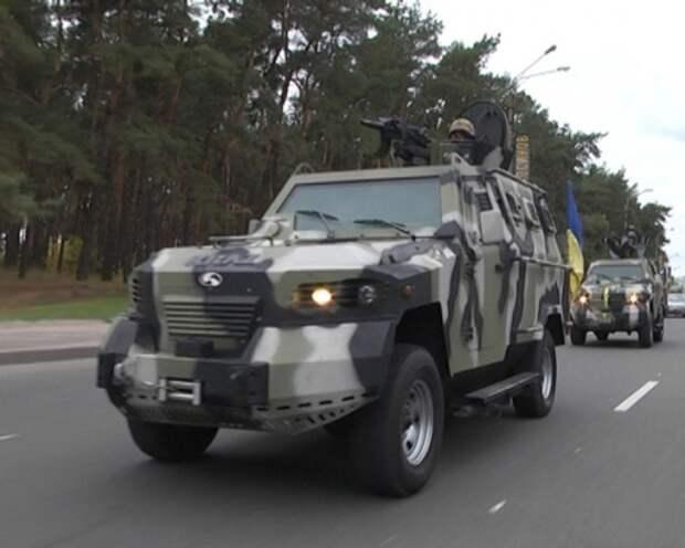 Ситуация в Харькове: улицы патрулируют бронемашины, метро в центре закрыли