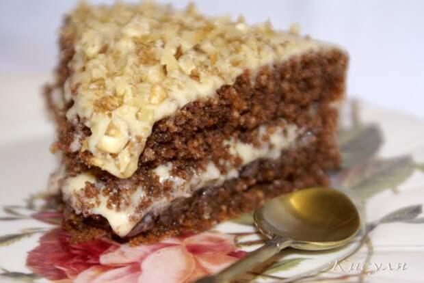 Шоколадно-гречневый торт с карамельно-цитрусовым кремом из гречневой муки