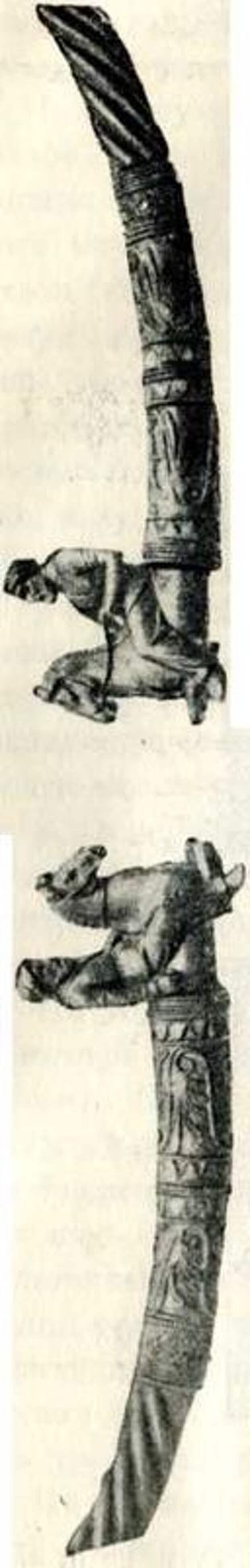 Фигурки конных скифов на золотой гривне из кургана Куль-оба. IV в. до н. э. (Эрмитаж).