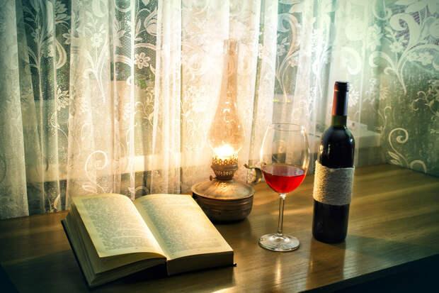 5 актуальных книг, которые надо прочесть, а потом сразу запить