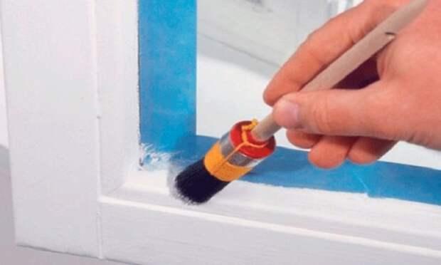 Бумага избавит от утомительного устранения следов краски со стекла / ФОТО: vse-okna24.com