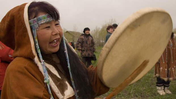 Шаманы попросят признать шаманизм традиционной религией РФ