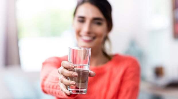 Что будет, если пить слишком много воды