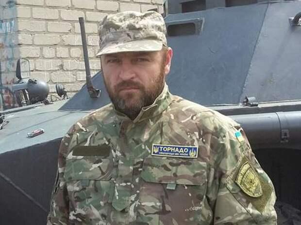 Замкомандира «Торнадо» обещает не оказывать вооружённого отпора, но советует не штурмовать базу роты