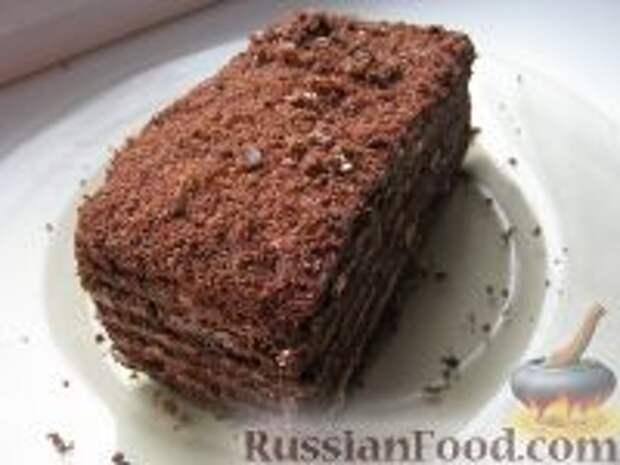 Фото к рецепту: Торт медово-шоколадный с орехами
