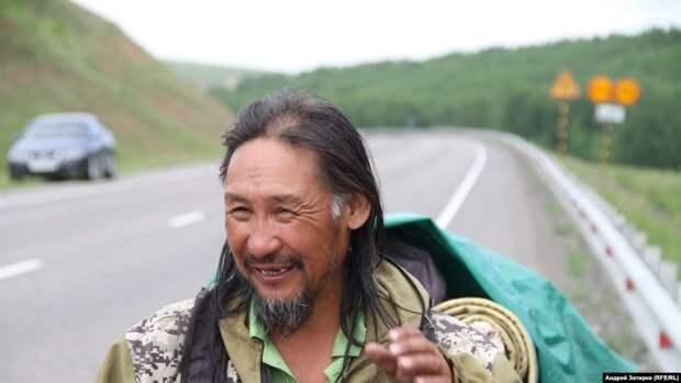 Правозащитники призывают писать российским властям с требованием освободить якутского шамана