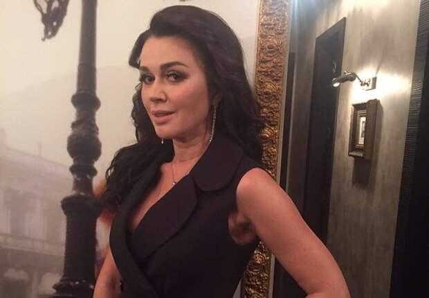 Директор Анастасии Заворотнюк: Заявленное участие актрисы в телешоу еще в силе