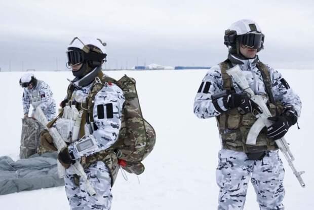 Учения НАТО в Арктике прошли под контролем России