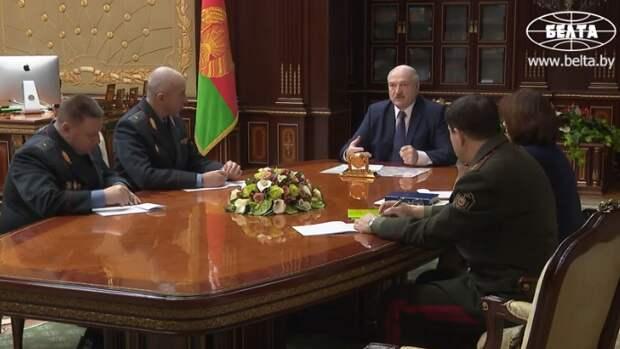 Белоруссия перестанет признавать полученные за границей дипломы