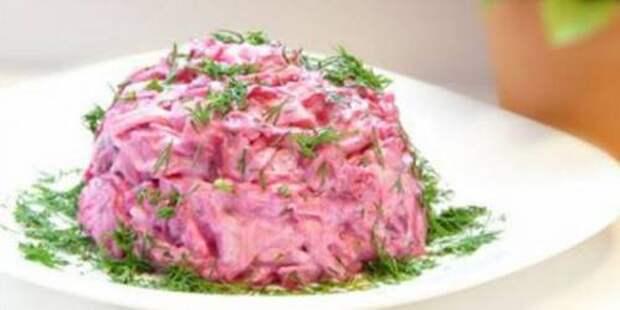 Салат из сыра, свеклы и яиц
