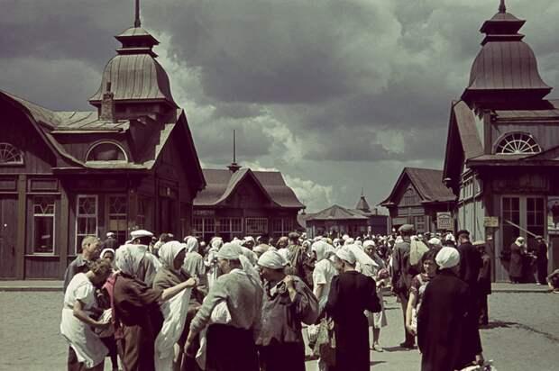 Рынок в оккупированном Харькове