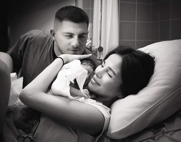 Экс-подруга Тимати певица Алекса впервые стала мамой