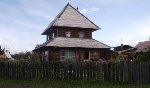 фото: https://www.rutraveller.ru Ощущение, что дом поставлен на дом.