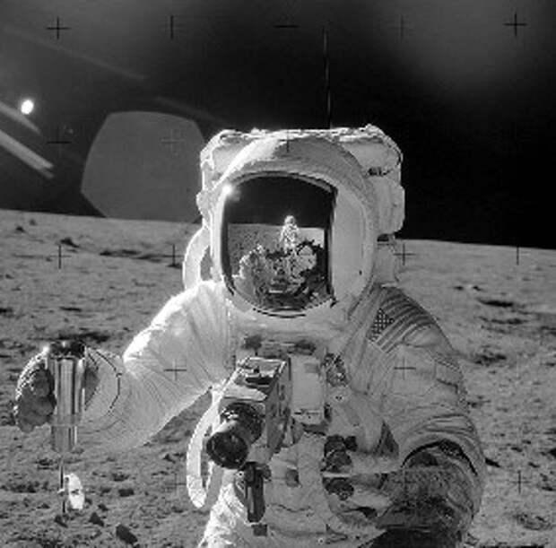 astronaut-4