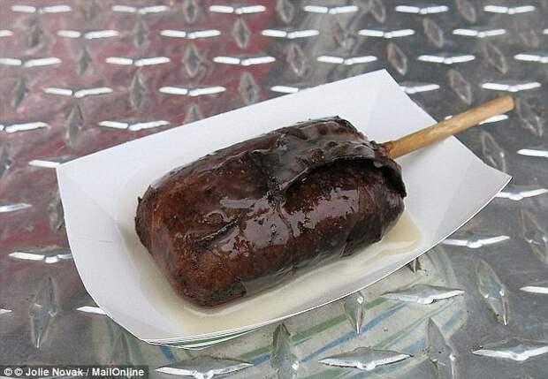 Шоколадный брауни в беконе