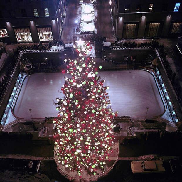 Рождественская ёлка в Рокфеллеровском центре: как менялся главный символ праздника