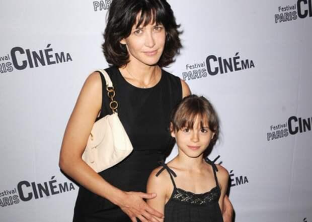 Французская Лолита Софи Марсо: Как стать звездой кино в 14 и начать новую жизнь в 49