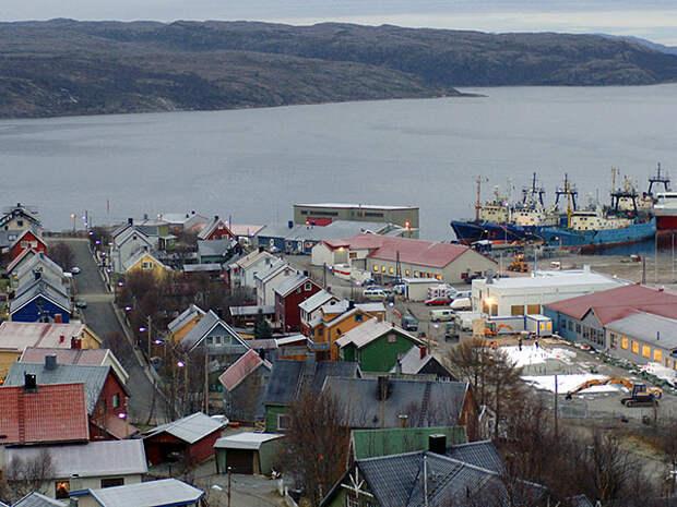 """С """"Камчатки"""" в норвежском порту Киркинес сняли шестерых моряков, которых отправили в Мурманск"""
