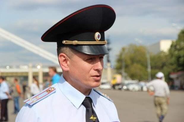 дети_Начальник УГИБДД Москвы Коваленко Виктор Васильевич_новый размер