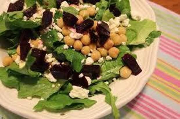 Питательные зелёные салаты на каждый день