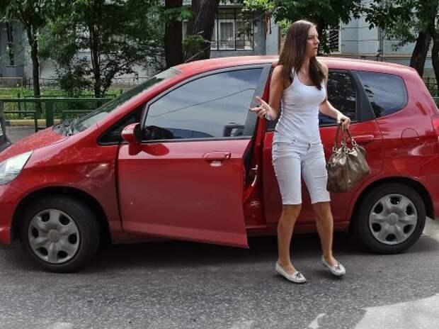 Киевские гаишники дали рекомендации автомобилисткам