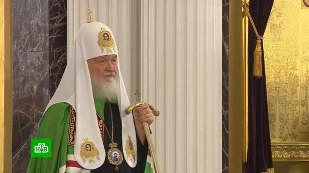 Патриарх освятил восстановленный собор Казанской иконы Божьей Матери
