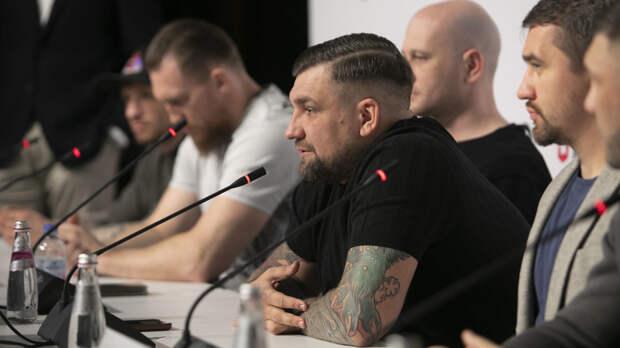 Баста рассказал, почему решил стать организатором боксёрских турниров