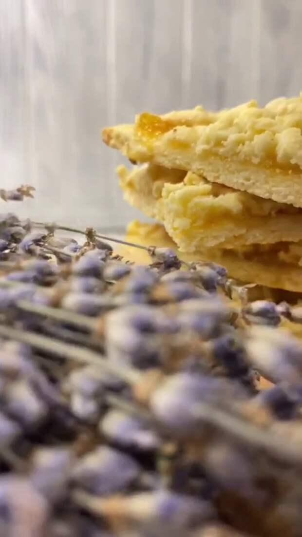 Готовим вкусные и сочные венские печеньки.